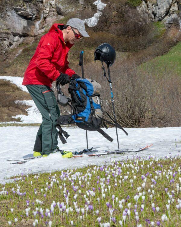 Frühlingsskitour in Zürs mit der Hardshellhose Valluga
