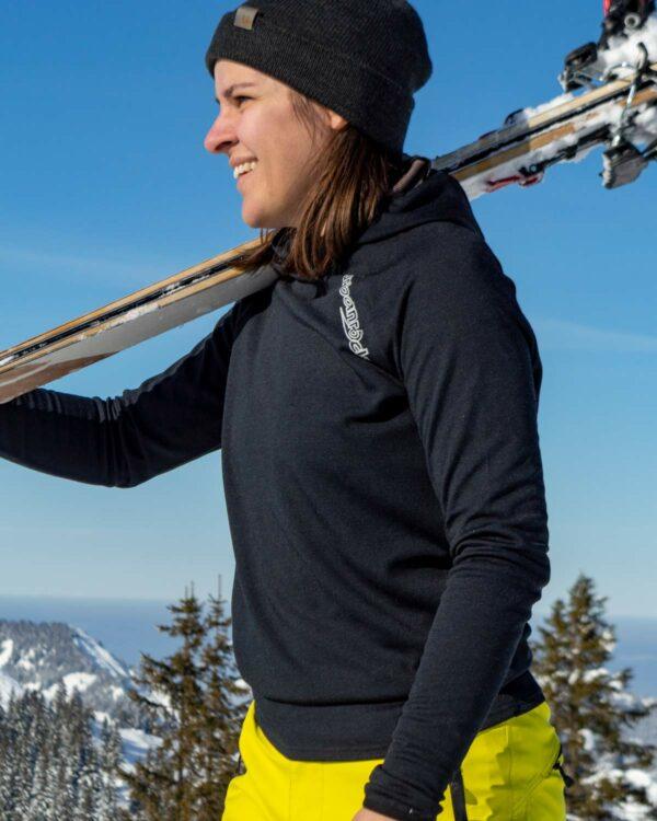 Unisex Pullover Madrisa. Ob Wandern bei kühlen Temperaturen im Sommer, Skitouren im Winter oder Biken im Herbst - der Unisex-Pullover ist perfekt geeignet.